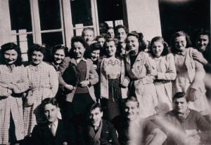 194612