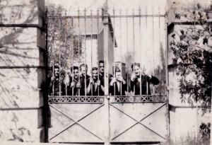 194615