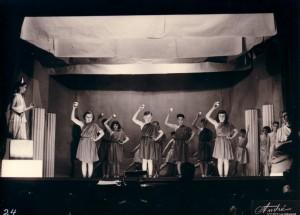 1953 théatre 13